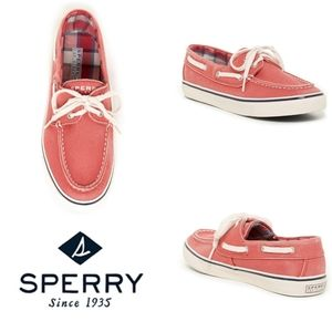 Sperry Salmon Pink Lace Up Biscayne Boat Shoe